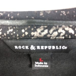 Rock & Republic Tops - NWT Rock & Republic Top Forest Nights Long Sleeve